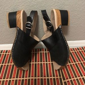 Woman Dansko shoes size 38